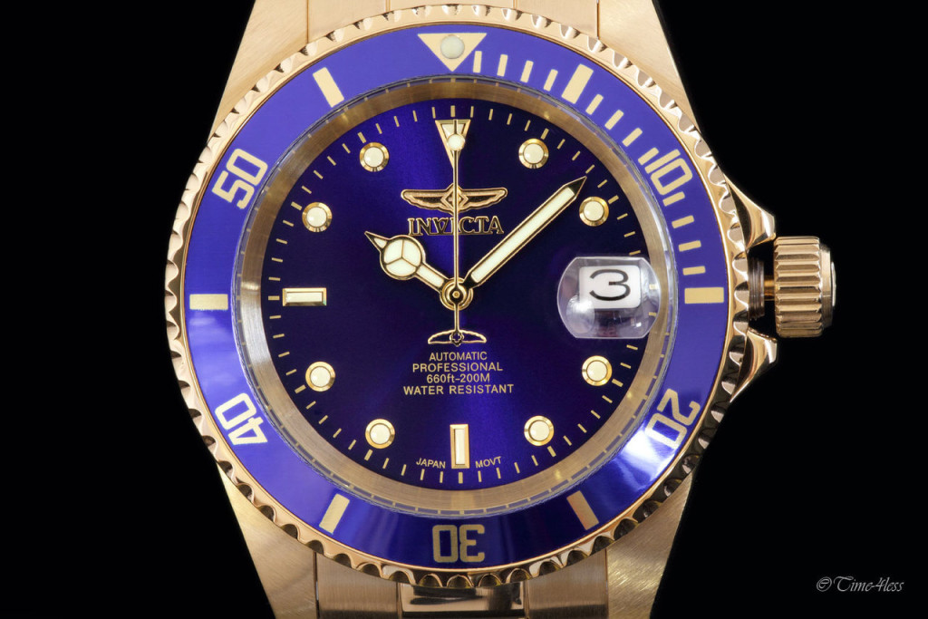 Invicta Men's Pro Diver three o'clock position